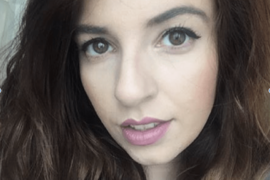 She was told that she just had bad Dandruff – Desirèe Levering tells us her Psoriasis story