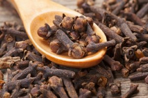 8 Best ways to use Clove to treat Candida and Psoriasis at the same time